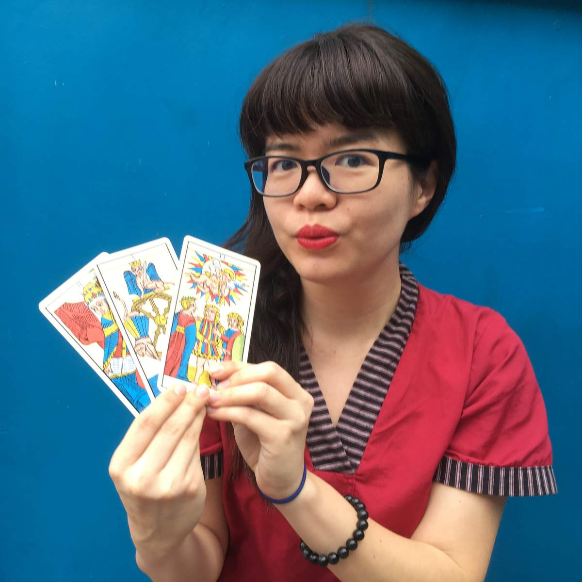 singapore tarot reader queen of wands